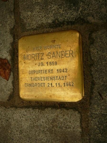 http://dfg-vk-darmstadt.de/Lexikon_Auflage_2/Bilder/Stolpersteine/Sander_Moritz_Alicenstr_26.jpg